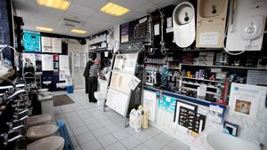 Hull Plumbers Merchant Sales Counter